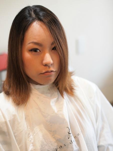 バッサリ刈り上げ女子 沖縄美人のツーブロックヘアスタイル ビフォアー&アフター写真1