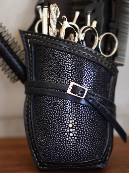 美容師用ベルト!カッコイイオーダーメイドシザーケース。画像
