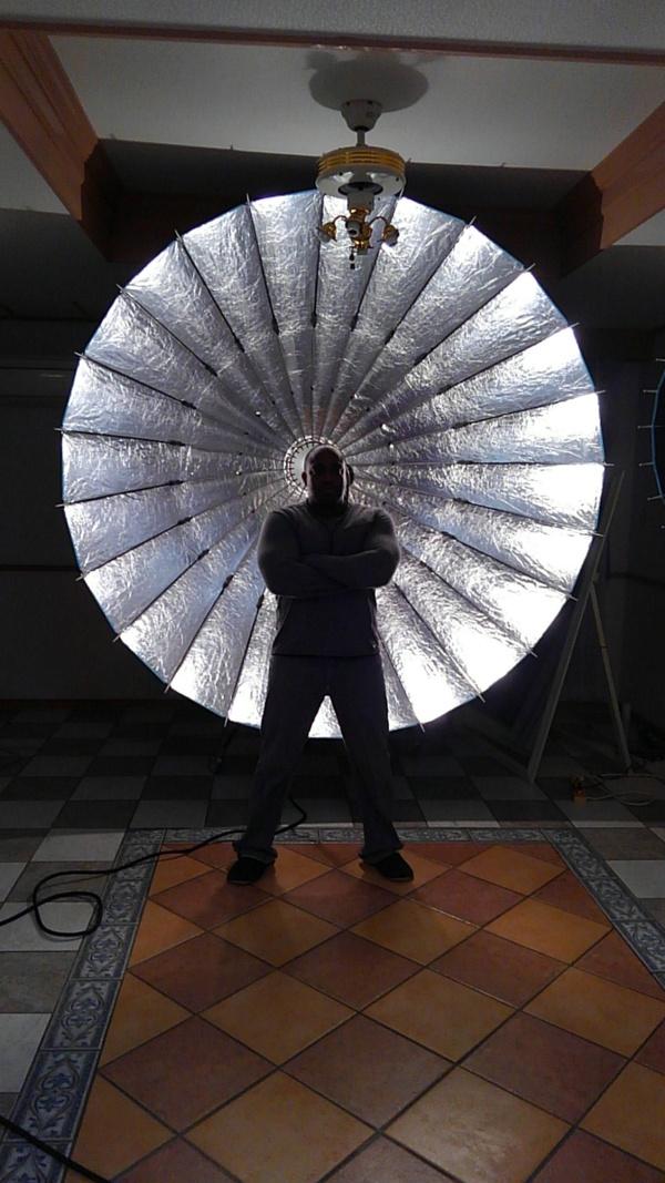 沖縄県北谷町美浜の美容室パドドゥレキオの店長 池原と外国人カメラマン「マイケルさん」のモデル撮影