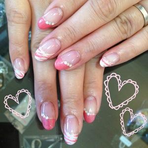 今回はお客様のネイルをご紹介します゚+(b゚ェ゚*)+゚ゼブラというアニマル柄なんですが\u2026春に合わせて、ピンクでやってみました♪